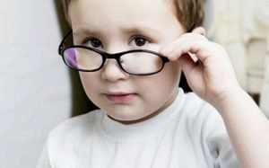 Зрение в линзах и без